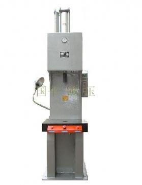 气液增压机