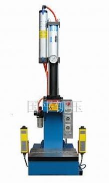 单柱式气液增压机